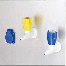 Ổ điện, vòi khí và gas của tủ an toàn sinh học cấp 2 LKLAB 1.5m