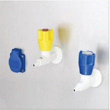 Phụ kiện tủ cấy vi sinh Lklab: ổ điện, vòi nước và khí