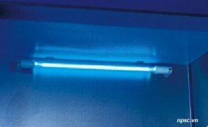 Đèn UV của tủ an toàn sinh học cấp 2 Biobase loại B2 1500mm