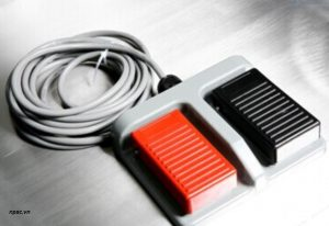 Bộ điều khiển bằng chân tủ an toàn sinh học cấp 2 Biobase loại B2 1500mm