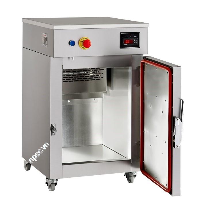 Bên trong máy tiệt trùng bằng khí ethylene oxide ZEOSS-80