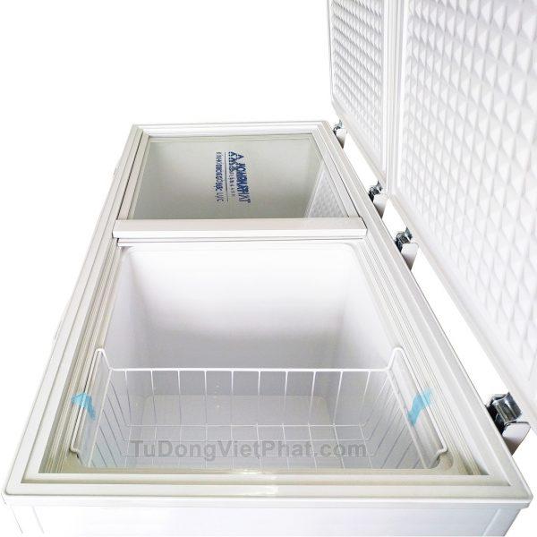 Bên trong tủ đông Hòa Phát 300l HCF 656S2N2, 2 ngăn đông mát